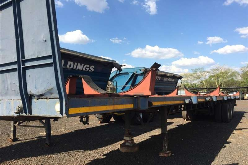 Agricultural trailers Other agricultural trailers U Make 3 Axle Abnormal 20m Trailer Pre Owned Trail