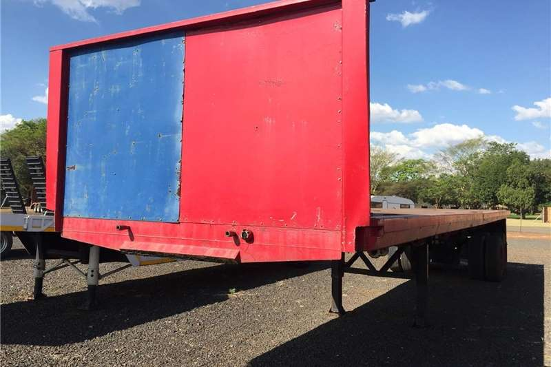 Agricultural trailers Other agricultural trailers U Make D/A Flatbed Trailer 15Ton 12m Pre Owned Tr