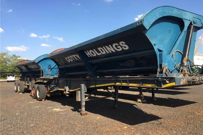 Agricultural trailers Other agricultural trailers U Make Interlink Side Tipper SA Truck Bodies Tande 2007