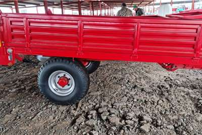 Tipper trailers New 5 ton farm tipper trailers Agricultural trailers