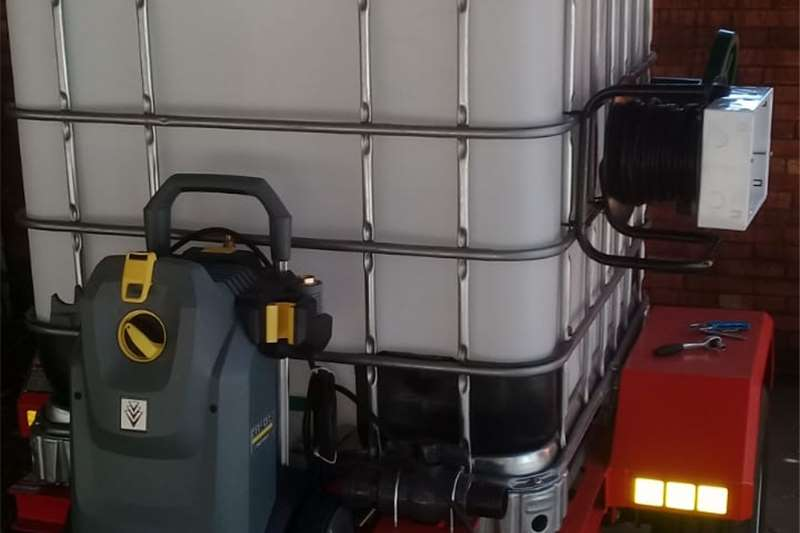 Water bowsers 1000L water tank trailer Agricultural trailers