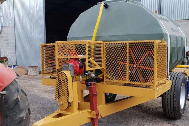 Agricultural trailers Water bowsers 5000L Brand en Besproeiing sleepwa