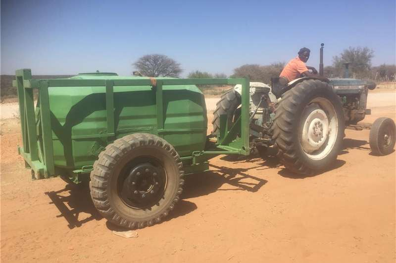 Agricultural trailers Water bowsers Water trailer