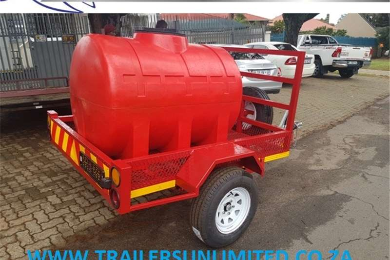 Agricultural trailers WATER TANK TRAILERS. 1000L