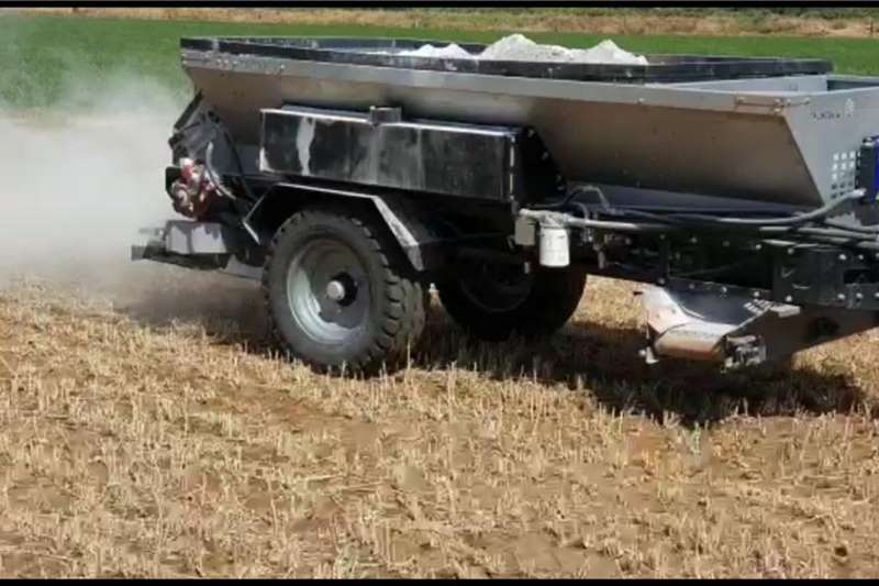 Agristaal Spreaders Trailed spreaders AS3000 / AS4000 Flexi Spread 2020