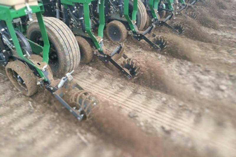 Arlington Staalwerke Planting and seeding equipment Drawn planters Closing Master 2020