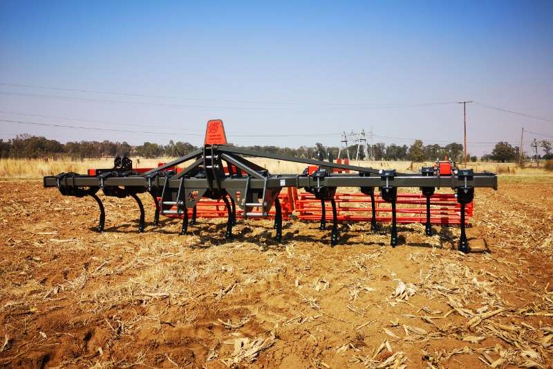 Arlington Staalwerke Ploughs Chisel ploughs Chisel Master 2019