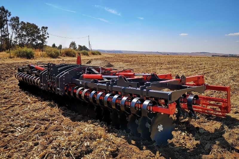 Arlington Staalwerke Ploughs Disc harrows Disc MasterLift Model 2019