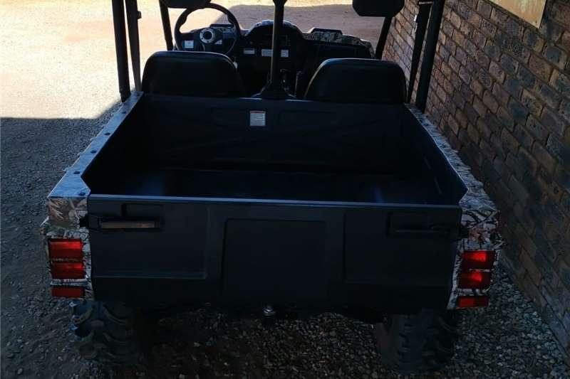 Four wheel drive Hisun HS 700 UTV 4x4 ATVs