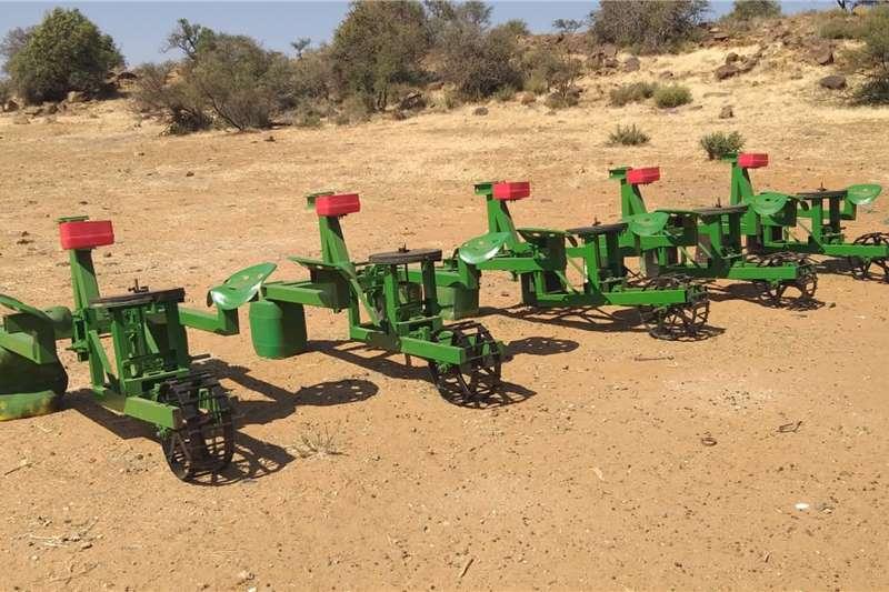 Backsaver Planting and seeding equipment