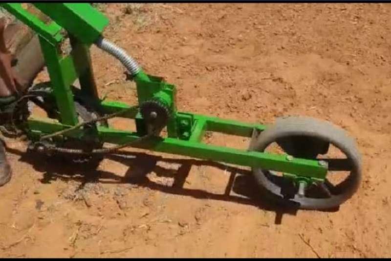 Backsaver Planting and seeding equipment Seeders Seed Planter