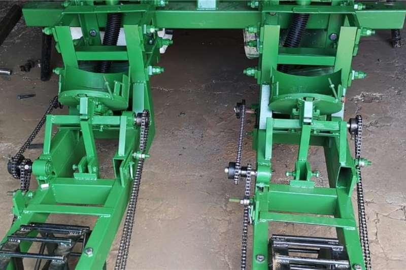 Backsaver Planting and seeding equipment Tractor Planter