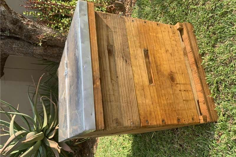 Beehives 10 frame Langstroth beehive Beekeeping