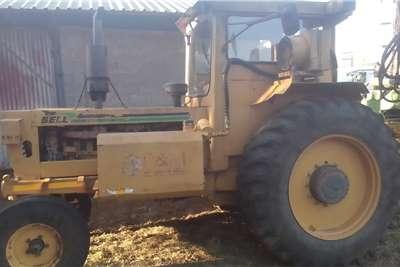 Bell 1206 Bell Trekker includes trailer Tractors