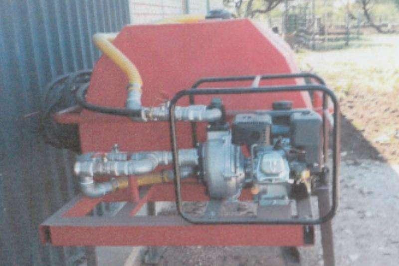Bosvreter Agricultural trailers Water tankers 750L Bakkie Eenheid Vuurvegter