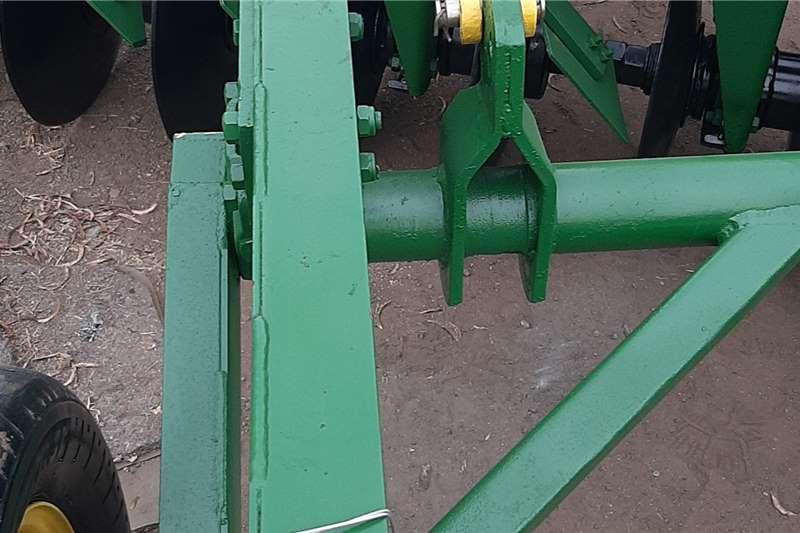 BPI Disc harrows 11x11 hidrolic offset Tillage equipment