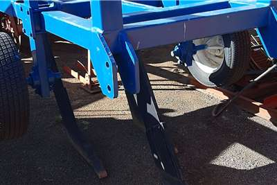 BPI Rippers drie tand blou druk wiel ripper Tillage equipment