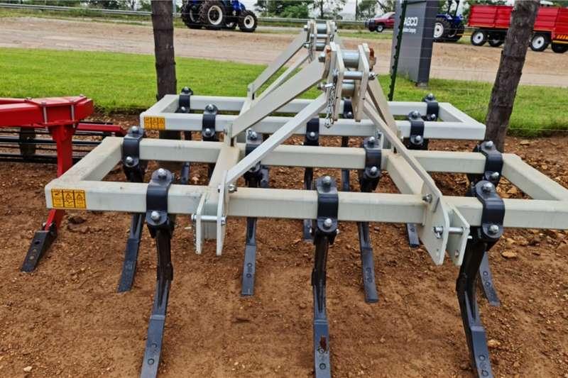 Brand new Agromaster 7 tine chisel ploughs