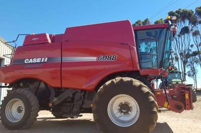 Case Combine harvesters and harvesting equipment Case Ih 6088 2wd Combine 2012