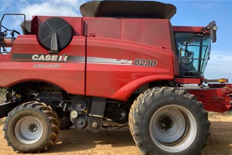 Case Harvesting equipment 8230 2012