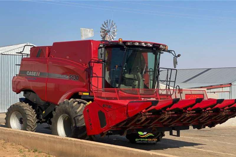 Case Harvesting equipment Grain harvesters Case IH 5130 2014