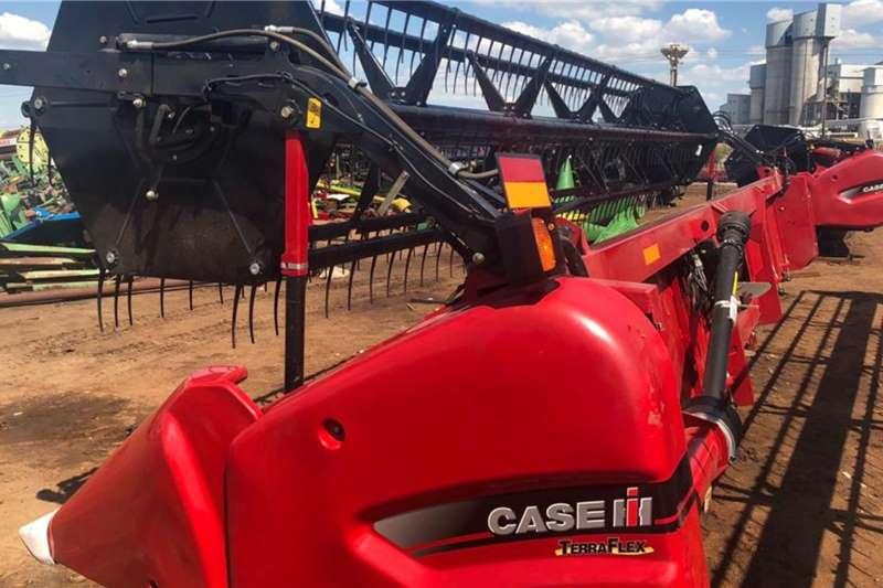 Case Grain headers NEW CASE 3020 Terraflex 25 ft Harvesting equipment