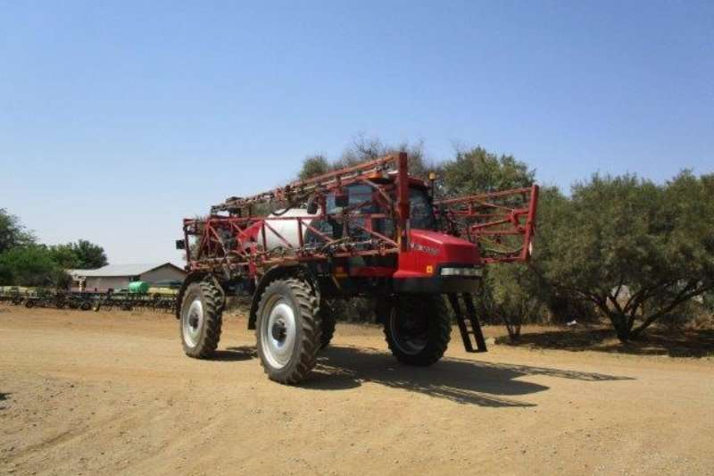 Case Sprayers and spraying equipment Boom sprayers Case IH Patriot 3330 2011