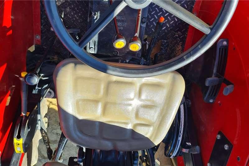 Case 2019 Case JX 95 60kw Tractors