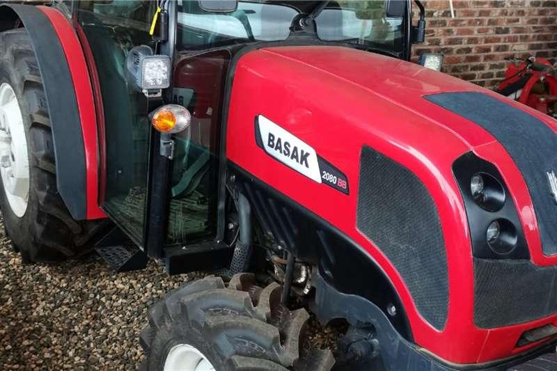Case 4WD tractors Basak 2080 Tractors