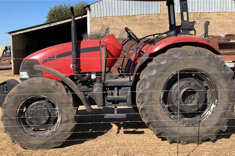 Case 4WD tractors Case JX 95 4x4,71Kw/93 HP Tractors