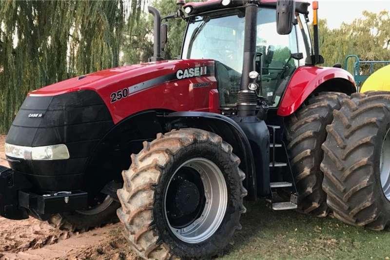 Case Tractors 4WD Tractors Case Magnum 250 2016