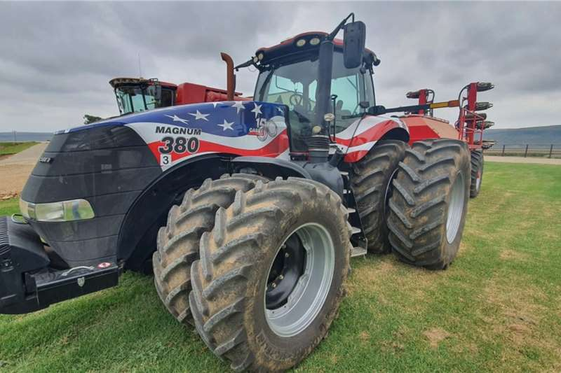 Case 4WD tractors Magnum 380 Tractors
