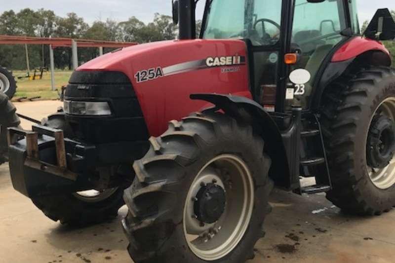 Case Tractors Case FarmAll 125 Tractor 2014