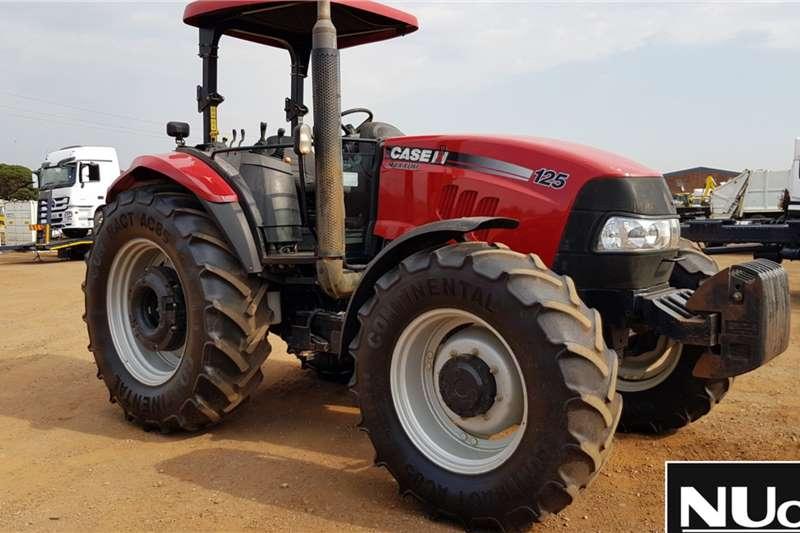Case Tractors Case Maxxum 125 Tractor