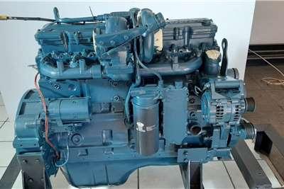 Case IH335 Tractor Cummins QSL 8.9 L Engine Tractors
