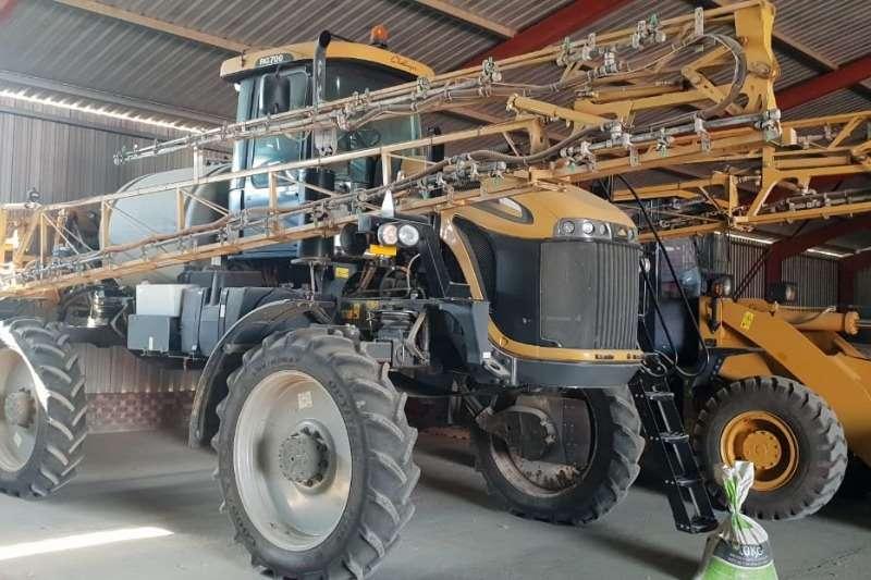 CAT Spraying equipment Boom sprayers Challenger RG 700 2014
