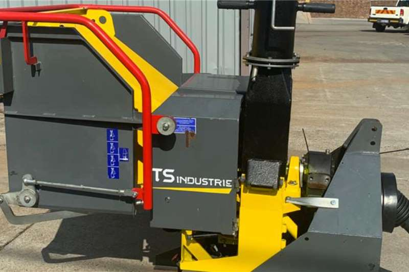 Disc chippers TS Industrie WS 15 PTO Chippers