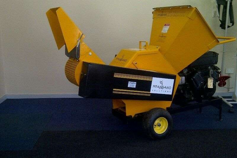 Wood chippers Locally Manufactured100 JnrWood chipper Chippers