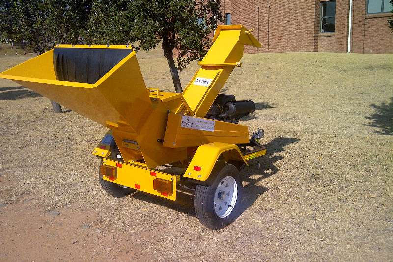 Chippers Wood chippers Locally Manufactured 225 Wood Chipper 2019