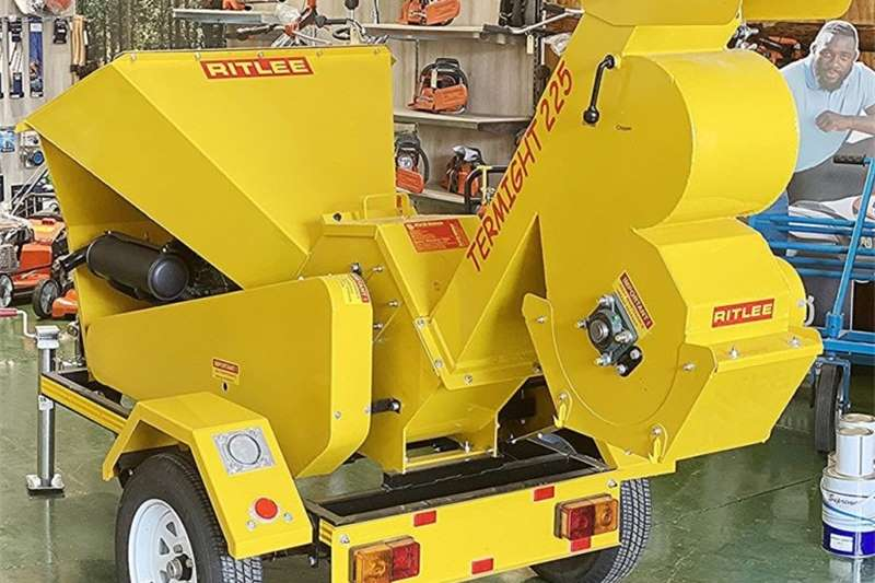 Wood chippers Ritlee 225 wood chipper gravity fed Chippers