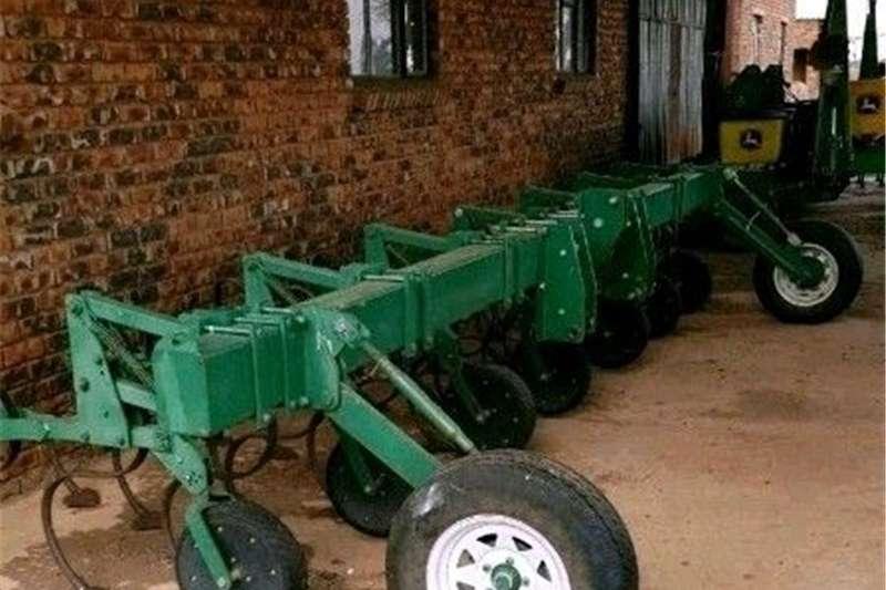 Chisel ploughs 6 Ry Skoffel