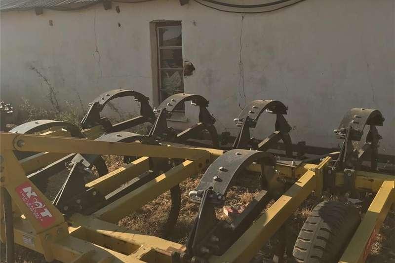 Chisel ploughs 7 Tand Beitelploeg