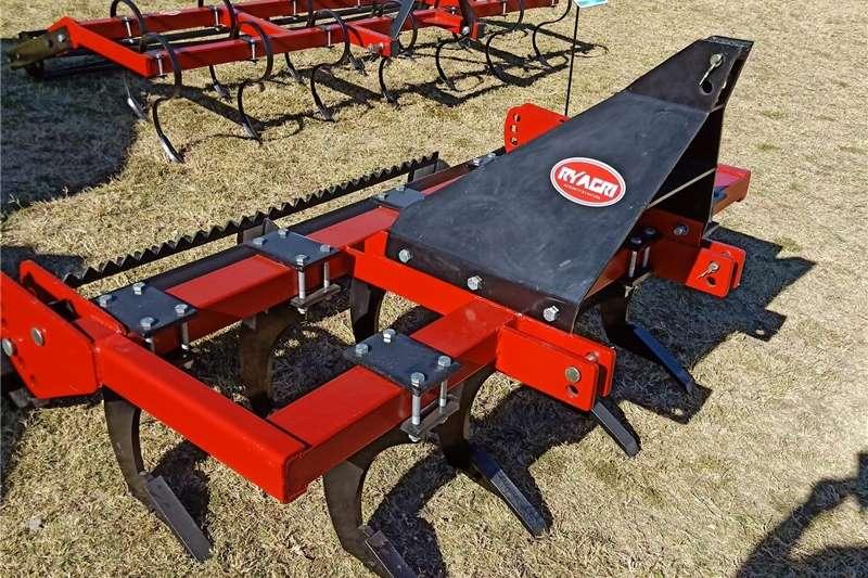 Chisel ploughs Chisle Plough 20% OFF