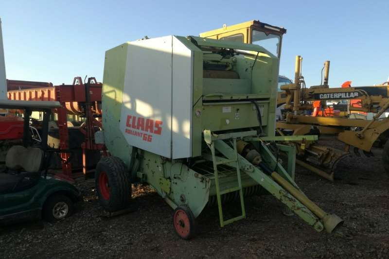 Claas Combine harvesters and harvesting equipment Baler Claas Rollant 66