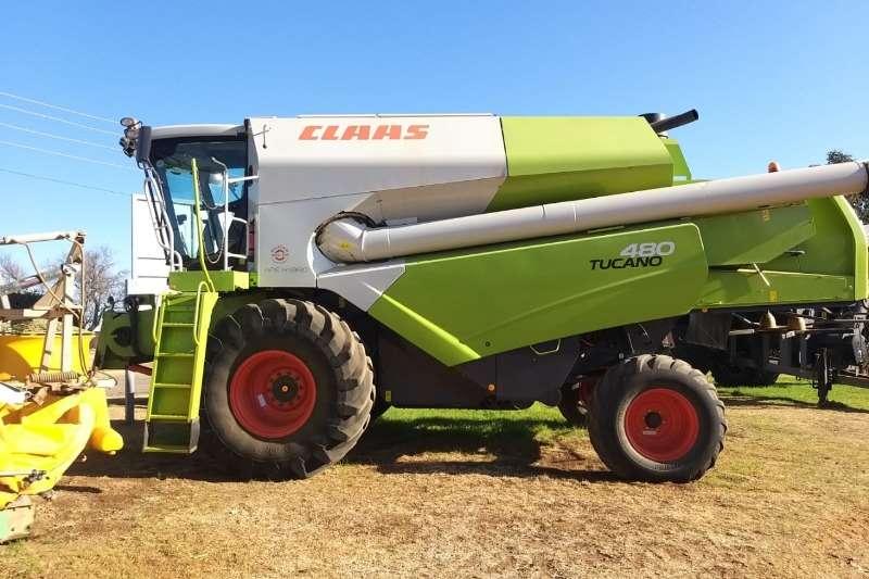 Claas Combine Harvesters and Harvesting Equipment Claas T480 Combine 2014
