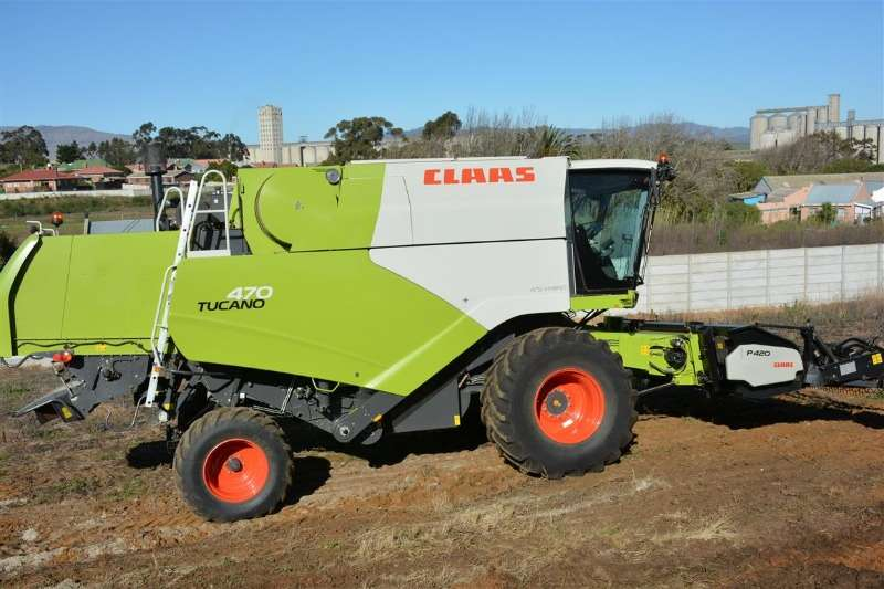 Claas Combine harvesters and harvesting equipment Claas Tucano 470 2013