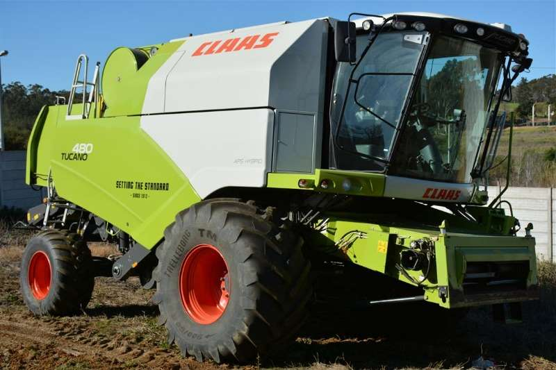 Claas Combine harvesters and harvesting equipment Tucano 480 2014