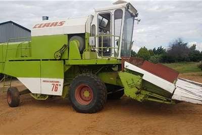Claas Grain harvesters Claas Dominator 76 ( 4 Ry x 0.9m Mielietafel)(3 Ry Harvesting equipment
