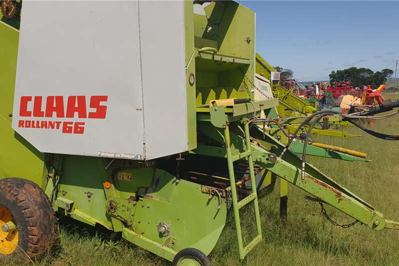 Claas Hay and forage Balers 66