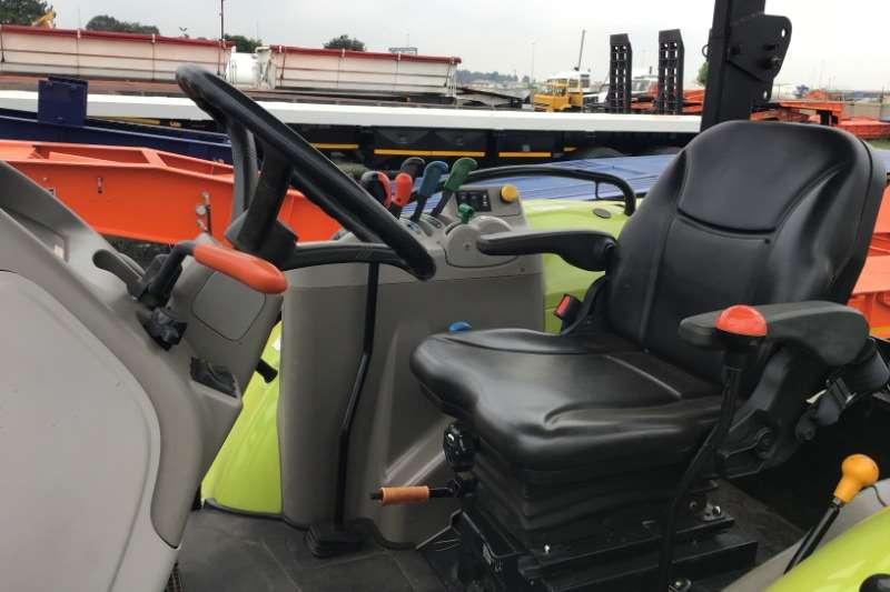Claas 2017 Claas Talos 210 Tractors